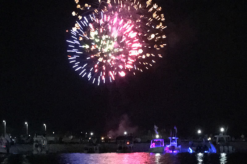 Best Way to See the Destin Harbor Fireworks | SunVenture Cruises