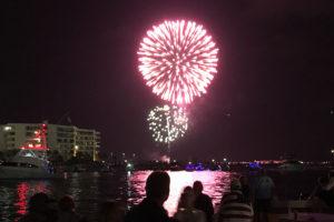 destin harbor emerald grande fireworks cruise